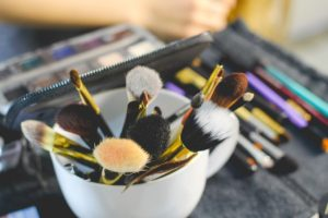 skincare resolutions, clean makeup brushes
